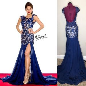 Elegant Blue MacDuggal Evening Gown